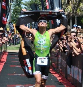 Clayton Fettell winning Port Macquarie 70.3 in 2011