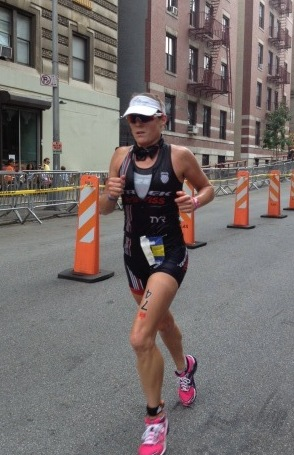 Rebekah Keat running herself in to 2nd at the 2012 North American Ironman Championship