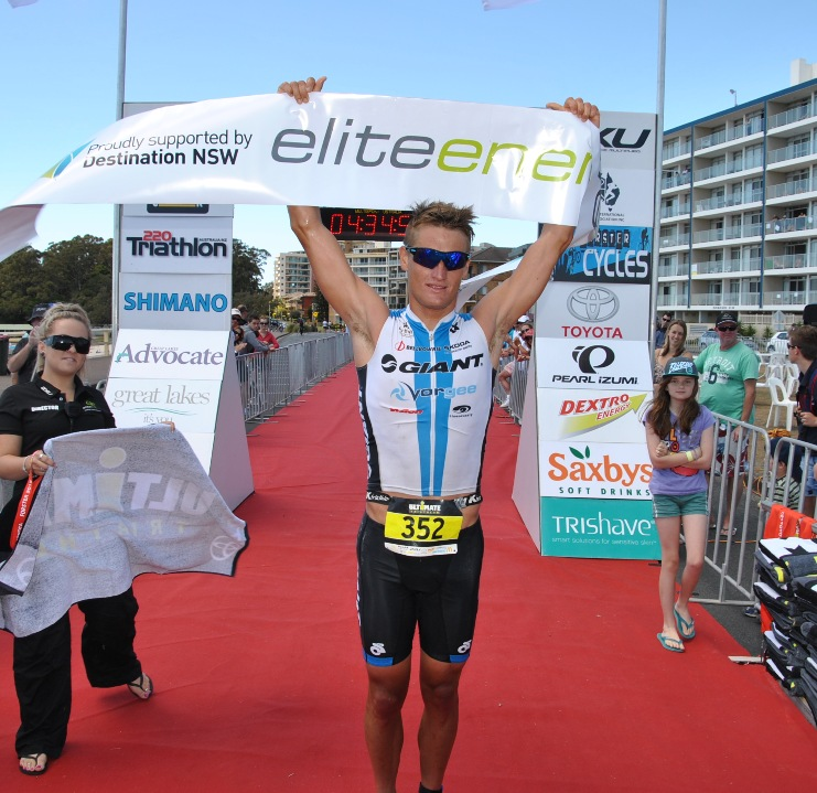 Clayton Fettell taking a very satisfying win after a mechanical put him out of the 70.3 World Champs in Las Vegas recently.