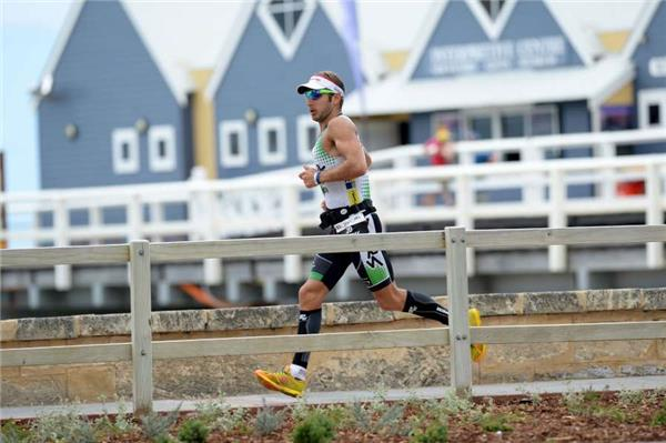 Frenchman Jeremy Jurkiewicz turning the screws on the run course. Photo: IronmanLive / Delly Carr