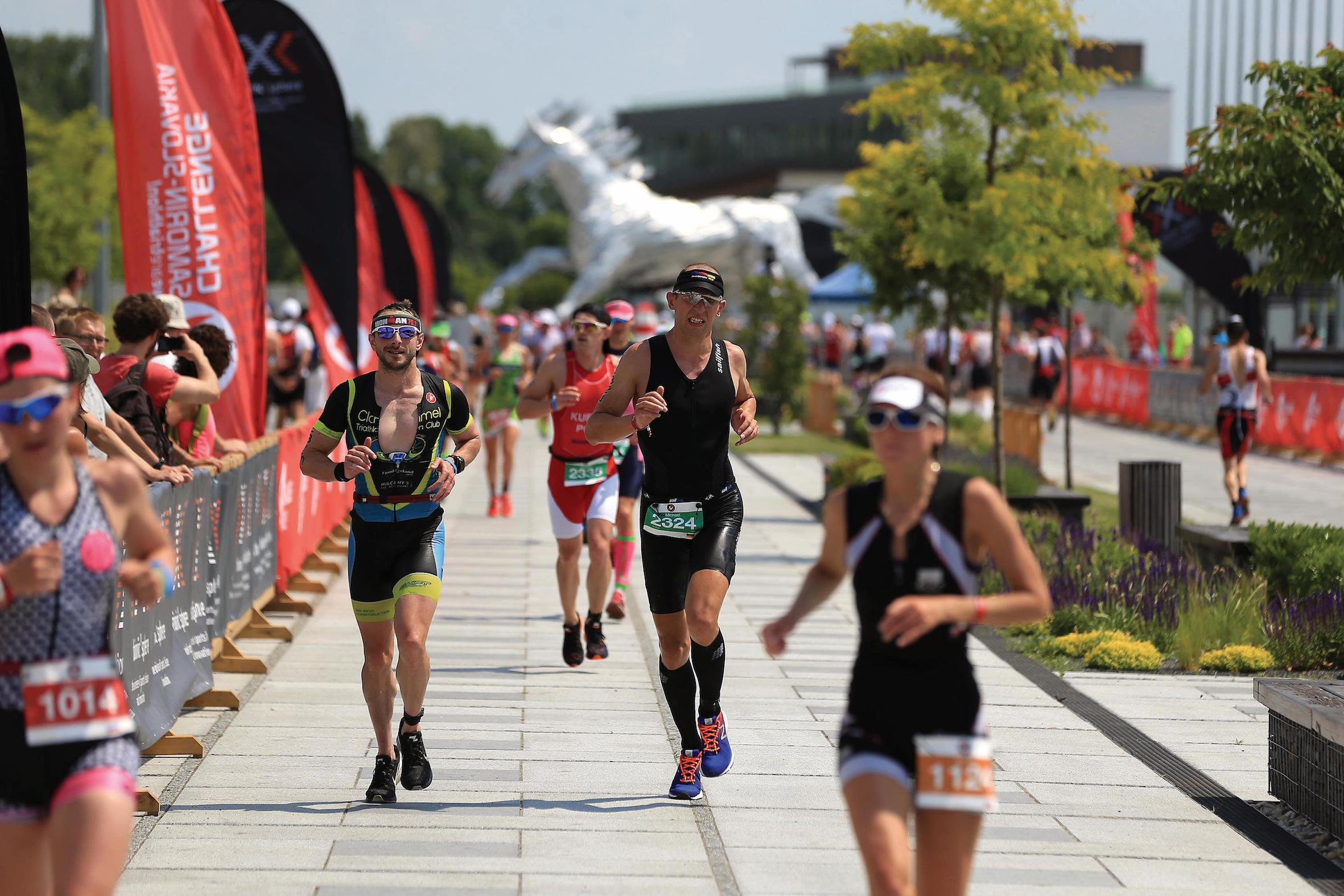 Athletes on the run course during The Championship Challenge Triathlon on June 3, 2017 in Bratislava, Slovakia. (Photo by Stephen Pond/Getty Images for Challenge Triathlon)