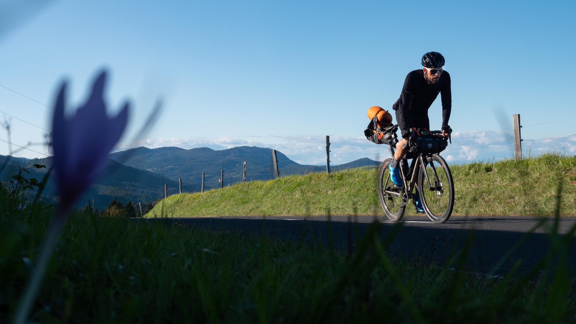 Munich/GER to Karlobag/ Croatia over the Alps Turracher Höhe und Loiblpass (Sept. 26th-30th 2020) Jonas Deichmann_Triathlon around the world in triathlon disziplin over 120 ironman, 456 km swimming / 21600 km cycling / 5040 km running, 